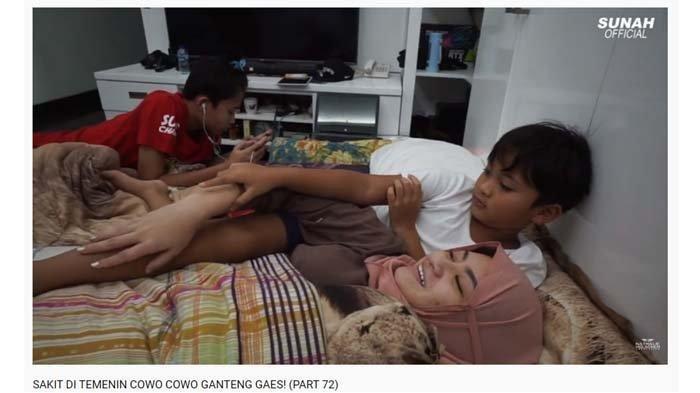 Rizwan dan Ferdi menemani Nathalie Holscher yang sedang sakit