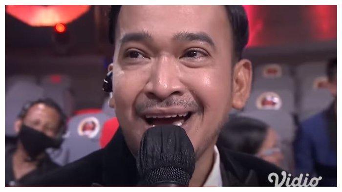 Ruben Onsu di acara Kiss Award 2020. Ruben Onsu emosi karena keharmonisan keluarganya dituding settingan oleh netizen, Senin (21/12/2020).