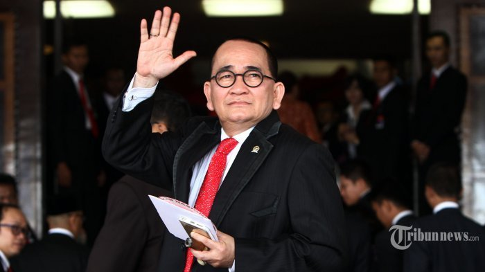 Soal Iklan Jokowi Tayang di Bioskop, Ruhut Sitompul: Agar Rakyat Tidak Membeli Kucing Dalam Karung