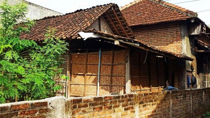 Depan Rumah Wisnu Dibangun Tembok oleh Tetangga Gara-gara Kotoran Ayam, Ini Penjelasan Kepala Desa