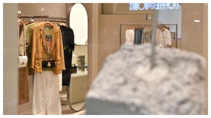 Balita Usia 18 Bulan Tewas setelah Tiba-tiba Kaca Menimpanya di Sebuah Toko Pakaian