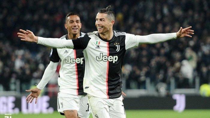 Selebrasi Cristiano Ronaldo usai membobol gawang Parma dalam lanjutan Liga Italia, Minggu (19/1/2020).