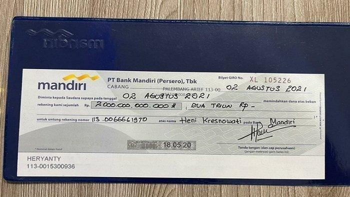 Selembar biro gilyet Bank Mandiri cabang Palembang Arief bertuliskan nilai Rp 2 triliun dengan pemilik rekening a/n Heryanty, beredar di media sosial.