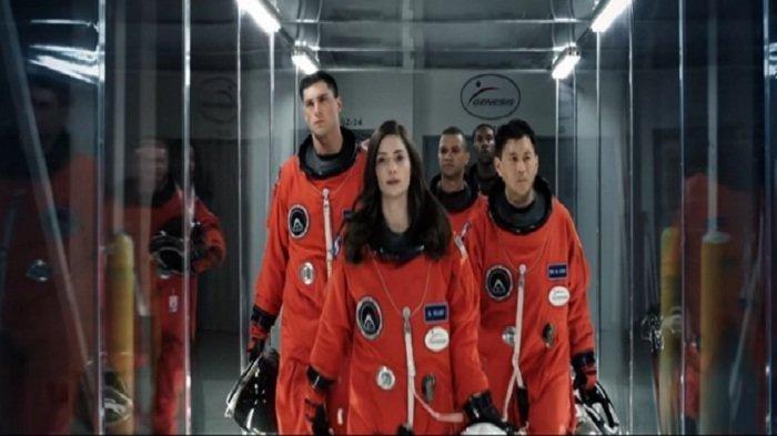 Sinopsis Film The Space Between Us Dibintangi Asa Butterfield, di Bioskop TRANSTV Pukul 21.30 WIB