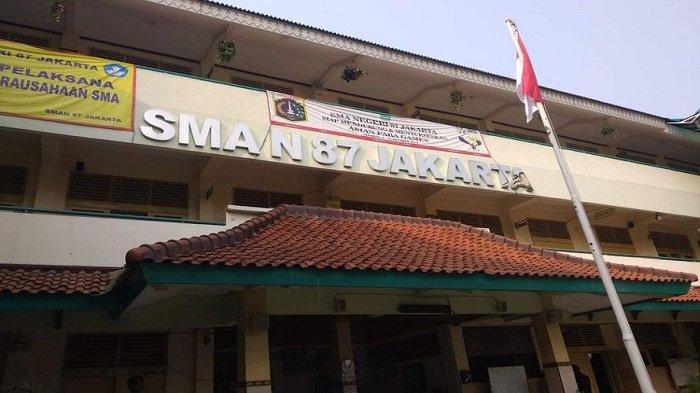 Guru SMAN 87 Jakarta yang Diduga buat Doktrin Anti-Jokowi Telah Dinonaktifkan