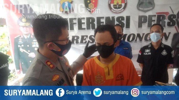 SNR (26) pemilik distro di Lamongan menjadi tersangka pelecehan 16 model wanita, Rabu (14/10/2020).