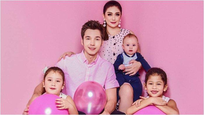 Keluarga Stefan William dan Celine Evangelista