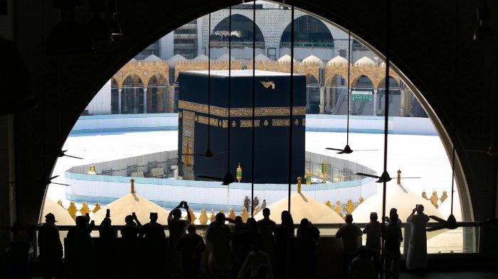 Suasana Kakbah di Mekkah, pasca wabah Virus Corona, Jumat (6/3/2020)