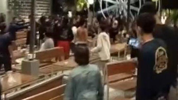 Fakta Viral Video Tawuran di Kafe Lamongan, Dipicu Masalah Sumbang Lagu, Ini Kata Polisi