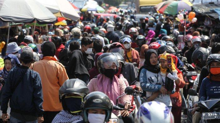 Pengunjung Pasar Membludak, Pakar Epidemiologi Ungkap Rasa Dikekang: Seperti Nggak Pernah keMal