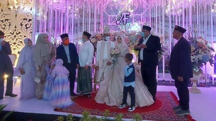 Foto-foto Acara Resepsi Pernikahan Ustaz Abdul Somad dan Fatimah Az Zahra, Dijaga Ketat Polisi