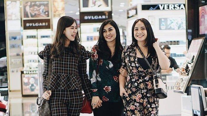 Syahnaz dan Nisya Ahmad Bongkar Kebiasaan Nagita Slavina Beli Pakaian Mewah, Sekali Pakai Buang?
