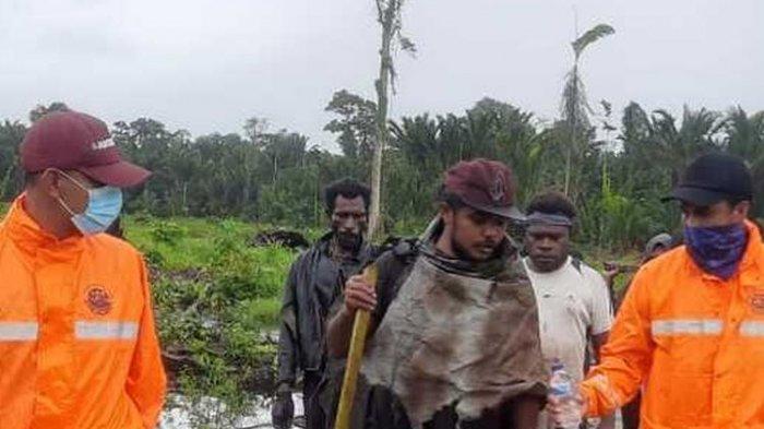 Sempat Hilang di Hutan Papua saat Berburu, Pria Ini Makan Biji Buah Anggrek untuk Bertahan