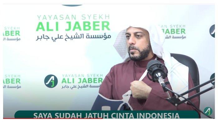 Bantah Kabar Pulang ke Madinah Pasca Insiden Penusukan, Syekh Ali Jaber: Saya Siap Mati di Indonesia