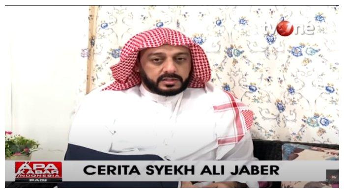 Mengaku Tak Pernah Pakai Baju Hitam saat Berdakwah, Syekh Ali Jaber Dapat Firasat sebelum Penusukan?
