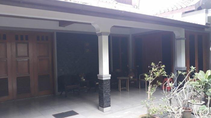 Tampilan dalam rumah Basuki Hadimuljono