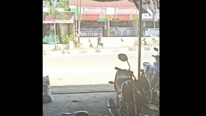 Aksi Perampok Ancam Karyawan Toko Emas dengan Senjata Api, Gasak Emas Senilai Rp 500 Juta