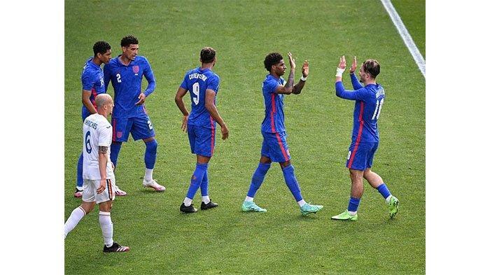 Laga Inggris kontra Romania pada postingan Instagram @england pada 7 Juni 2021. Marcus Rashford rayakan golnya untuk Timnas Inggris.