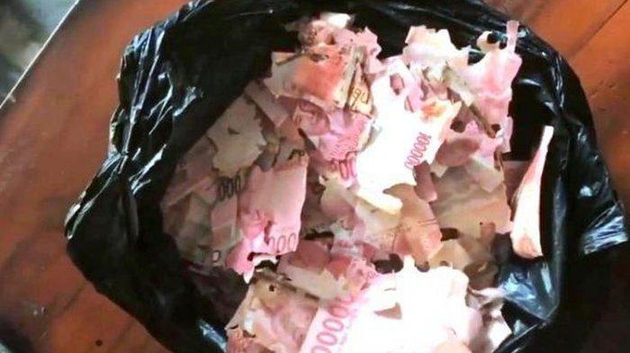 Uang Rp 15 juta yang dimakan rayap