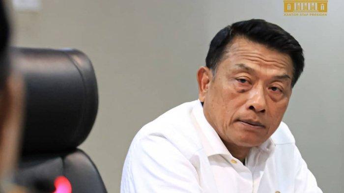 Kepala Staf Kepresidenan (KSP) Moeldoko saat menerima audiensi DPP Mathlaul Anwar di Gedung Bina Graha Jakarta, Kamis (25/3). Terbaru Partai Demokrat kubu AHY menilai Moeldoko dan Demokrat kubu KLB kini tengah berada dalam kondisi panik.
