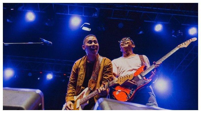 Kunci (Chord) Gitar dan Lirik Lagu 'Ujung Pertemuan' - The Rain, 'Terima Kasih untuk Pernah Mencoba'