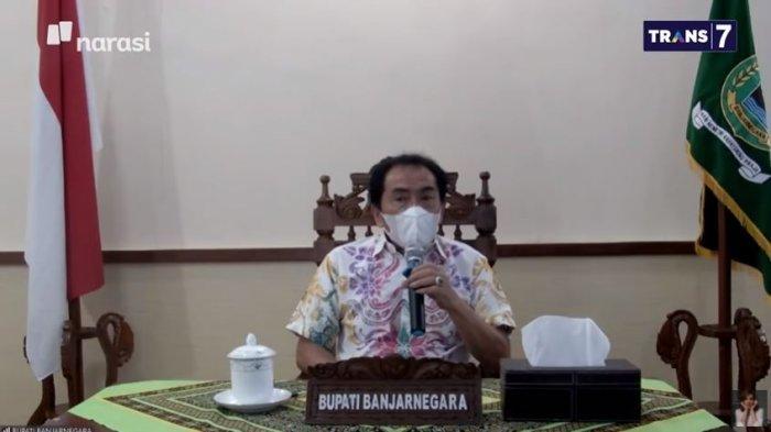 Bupati Banjarnegara, Jawa Tengah, Budhi Sarwono dalam acara Mata Najwa, Rabu (23/6/2021) malam. Budhi meminta maaf ketika ditegur soal masker melorot.