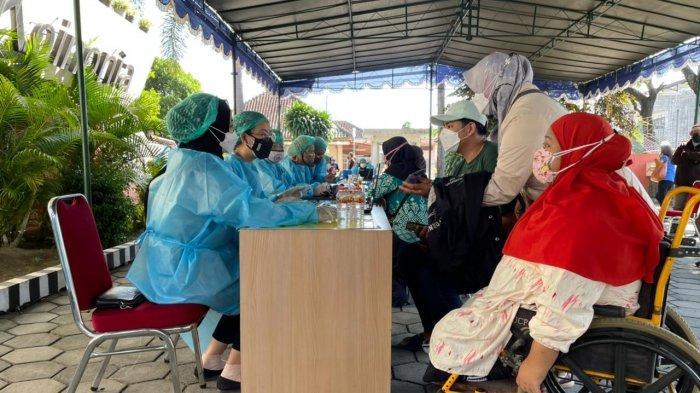 Percepatan Vaksinasi Covid-19 di Yogyakarta, RACYM Gelar Vaksinasi untuk Lansia hingga Kaum Difabel