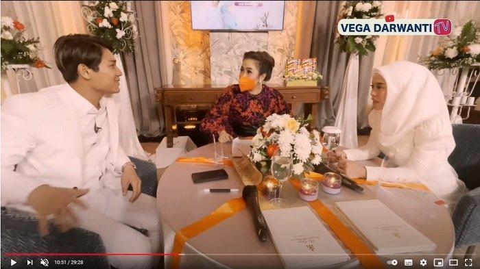 Vega Darwanti membahas rumah tangga Rizky Billar dan Lesti Kejora.