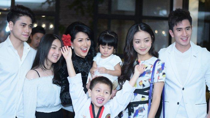 Rayakan Ulang Tahun Venna Melinda, Natasha Wilona Beri Kado Ini untuk Calon Mertua