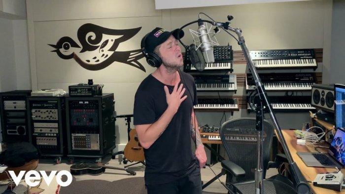 Lirik dan Terjemahan Bahasa Indonesia Lagu 'Better Days' - OneRepublic, 'Time Will Tell You It Does'