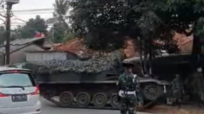 TNI Pastikan Hoaks Video Viral Tank Baja yang Disebut untuk Penyekatan Mudik, Pengunggah Kini Dicari