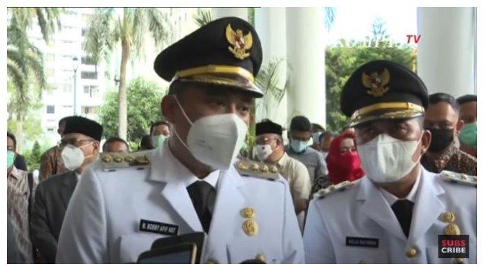 Wali Kota Medan Bobby Nasution dan wakilnya Aulia Rachman di Kantor Balai Kota Medan, Jumat (26/2/2021).