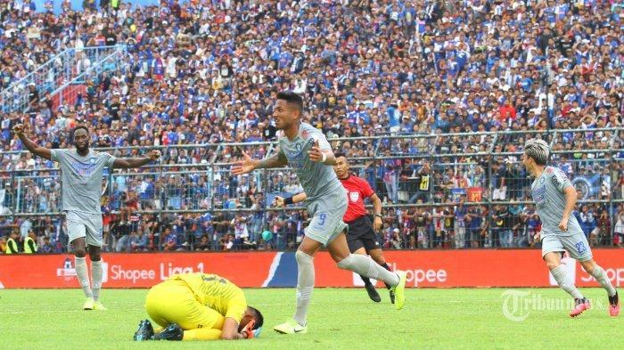 Susunan Pemain Persib Bandung Vs PSS Sleman, Tuan Rumah Tetap Andalkan Wander Luiz dan Castillion