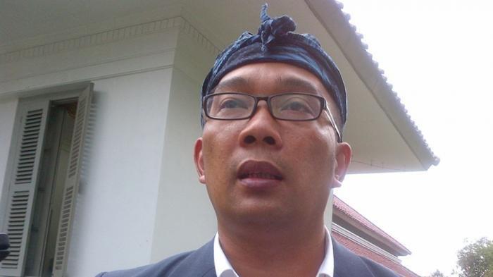 Ngamuk, Ridwan Kamil: Salam Jari Tengah