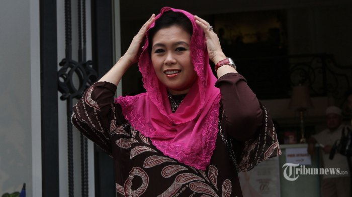 Disebut jadi Wakil Ketua Tim BPN Prabowo-Sandiaga, Yenny Wahid: Ngarang aja
