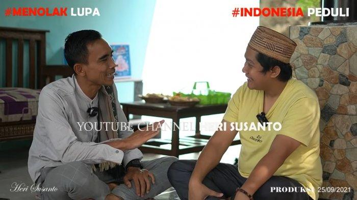 Yoris (34) dan Heri Susanto dalam wawancara yang diunggah dalam akun YouTubenya terkait pengungkapan fakta terkait pembunuhan Tuti dan Amalia di Subang, Jawa Barat.