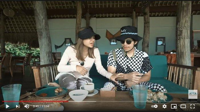 Youtuber Atta Halilintar membentak sang kekasih, penyanyi Aurel Hermansyah saat makan bersama.