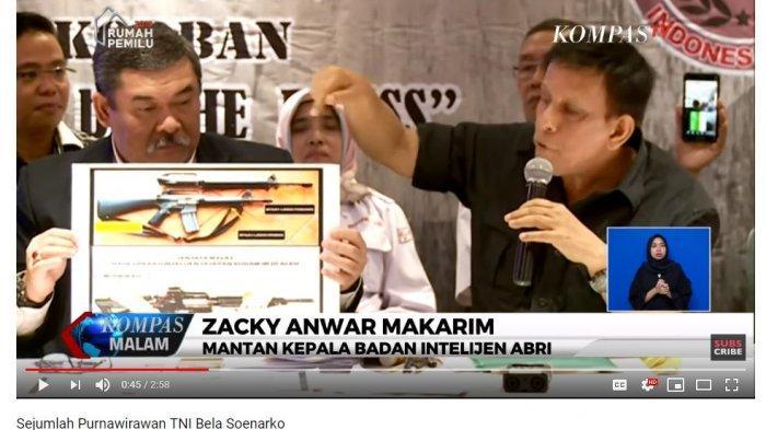 Mantan Kepala Badan Intelijen ABRI, Zacky Anwar Makarim menyatakan senjata yang disita polisi dan POM TNI yang dikaitkan dengan Soenarko adalah senjata rusak.