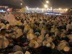 231-ribu-jemaah-haji-indonesia-akan-bergerak-dari-arafah-menuju-muzdalifah.jpg