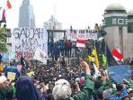 aksi-demo-mahasiswa-menolak-rkuhp-dan-revisi-undang-undang-kpk-belum-berhenti.jpg