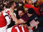 arsenal-merayakan-hasil-imbang-1-1-saat-melawan-liverpool-di-emirates-stadium_20181104_073630.jpg