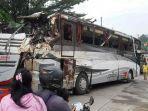 bangkai-bus-tri-padma-kencana-berhasi-jumat-1232021.jpg