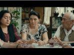 cuplikan-film-my-happy-family-yang-diperankan-ia-shugliashvili.jpg