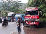 dua-unit-truk-tangki-dan-satu-bus-pariwisata-terlibat-kecelakaan-di-sitinjau-lauik.jpg