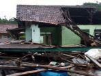 foto-setelah-bencana-tsunami-di-banten-dan-lampung-221220181.jpg