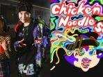 j-hope-bts-resmi-meluncurkan-chicken-noodle-soup-feat-becky-g-jumat-2792019-pukul-1800-kst.jpg