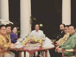 jokowi-gelar-pertemuan-dengan-sederet-ketua-umum-partai-politik_20180723_212320.jpg