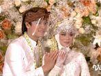 lesti-kejora-dan-rizky-billar-pamer-cincin-pernikahan-yang-dihiasi-berlian-ashoka.jpg