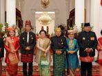 mantan-presiden-berfoto-bersama-presiden-dan-wapres_20170817_153333.jpg