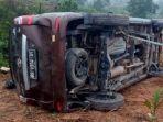 mobil-suporter-sriwijaya-fc-yang-mengalami-kecelakaan.jpg